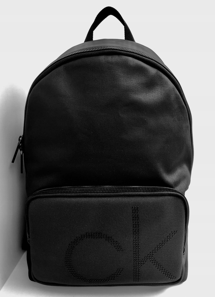 PLECAK Calvin Klein POINT BPK (1)
